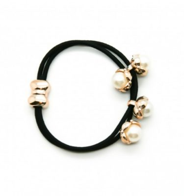 petite-affaire.hairband.black_.pearls-1024x710