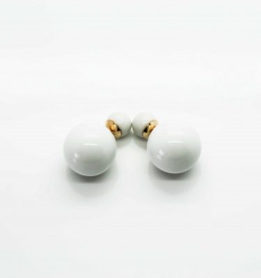 petite-affaire.stud_.earring.white_.1-1024x683